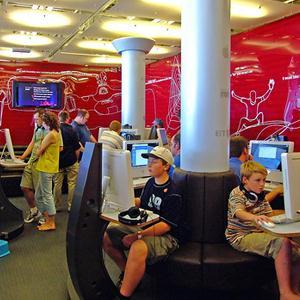 Интернет-кафе Шуйского